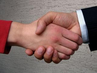 shaking-hands-1240911.jpg