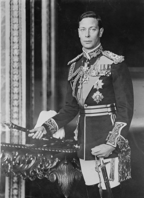 King_George_VI_of_England,_formal_photo_portrait,_circa_1940-1946